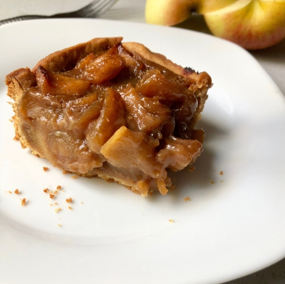 Jaggery Ginger Open Apple Pie